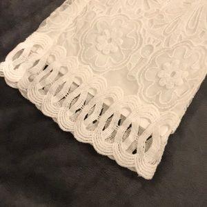 Monoreno Pants - NWT White lace crop pants (Boutique)